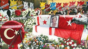 KKTC 'Anne Denktaş'ı uğurladı