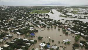 Avustralyada felaket Binlerce ev su altında kaldı, iki kişi selde kayboldu