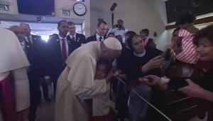 Papa Franciscus, BAEde düzenlenen ilk ayini yönetti