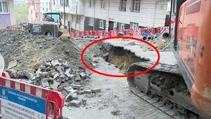 Esenyurtta iş makinesi doğalgaz borusunu patlattı