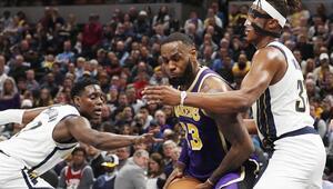 LeBron Jamesin en ağır yenilgisi 42 sayı fark...