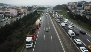 TEM Sultanbeylide zincirleme trafik kazası