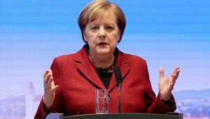 Son dakika... Merkelden flaş Rusya çıkışı