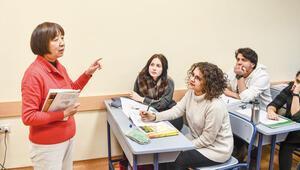 Türk öğrencilerin Çinli öğretmeni