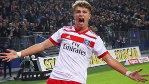 19luk forvet Arp, Bayern Münih ile anlaştı