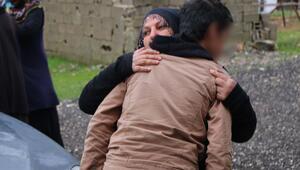 PKKnın kanlı tuzağından polis kurtardı Eline silah verip...