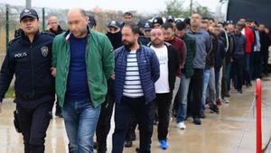 Adanada büyük operasyon Gözaltına alınanlar arasında 1 polis memuru var