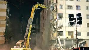 Komşuda yıkım başladı: Bombanın üzerinde oturuyormuşuz