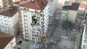 Kartalda 10 katlı binada yıkım devam ediyor