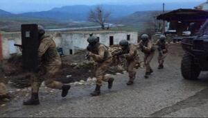 Siirtte PKKya şafak operasyonu: 13 gözaltı