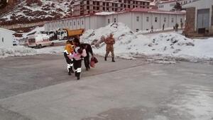 6 aylık Miray bebek, hastaneye askeri helikopterle götürüldü