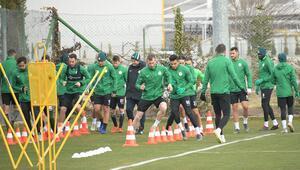 Konyasporda Fenerbahçe maçı hazırlıkları sürüyor