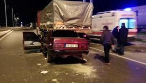 TIRa arkadan çarpan otomobilin alkollü sürücüsü öldü