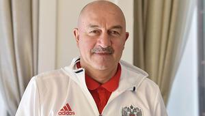 Stanislav Çerçesov: Türkiye'de Dünya Kupası yapılabilir