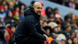 Guardiola: Mahrezi yedek bırakmak beni çok üzüyor