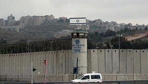 İsrail Filistinli şehit ve tutuklu ailelerinin ödeneklerinde kesintiye gitti