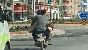 Motosiklette koyunla yolculuk