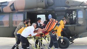Hamile kadın, hastaneye Sikorsky model helikopterle götürüldü
