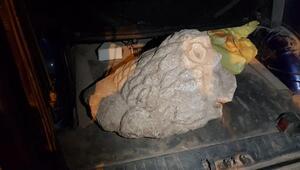 Roma dönemine ait aslan başı heykeli satarken yakalandılar
