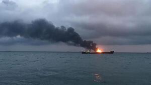 Kerç Boğazında yanan gemiler 1 ay sonra söndürüldü