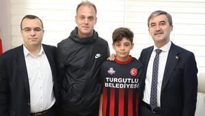 Arkadaşlarına veda etti, Fenerbahçe için yola çıktı Ali Efe Katırcı...