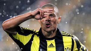 Fenerbahçenin teklifine Alexten yanıt