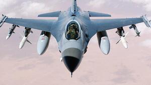 Türk savaş uçakları İdlib üzerinde keşif uçuşu yaptı