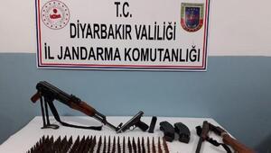 Diyarbakırda silah kaçakçılığı operasyonu: 2 gözaltı