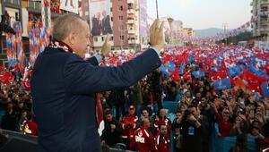 Cumhurbaşkanı Erdoğandan Mansur Yavaşa: Parti ambleminden korkan aday