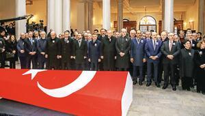 Fatih Camisi haziresine defnedildi