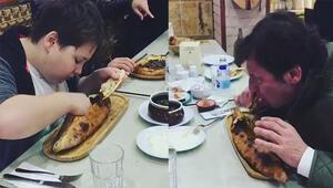 Kaya Çilingiroğlu oğluyla iştahla böyle pide yedi