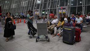 Trumpın seyahat yasağı on binlerce vize başvurusunu vurdu