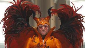 Elton John böyle şöhret oldu