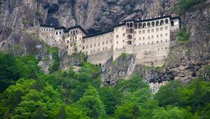 Bakan Ersoy: Sümela Manastırı 18 Mayısta açılıyor