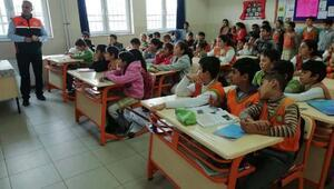 Toprakkale Atatürk İlkokulunda Afet Bilinci eğitimi