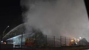 Karton fabrikasının deposunda yangın çıktı