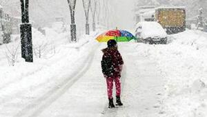 Vanın üç ilçesinde okullara kar tatili