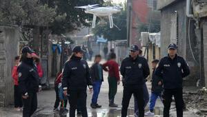 Polis 24 saat drone ile kontrol ediyor Kimlik göstermeyen mahalleye alınmıyor