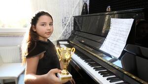 9 yaşındaki İpek, Türkiye'yi temsil edecek