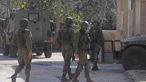 İsrail askerleri 2 Filistinliyi katletti