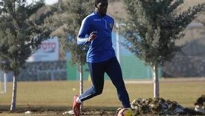 Malatyaspor'da Kamara antrenmanlara başladı
