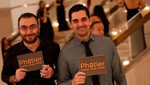Photier: Fotoğrafın gelip seni bulsun