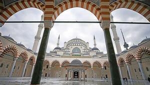 Çamlıca Camisi  ibadete açılıyor