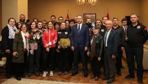 Türk ekibi Antarktika Bilim Seferinden döndü