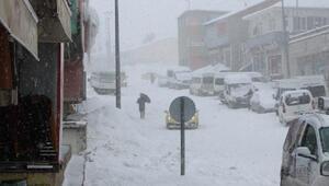 Karlıovada eğitime kar engeli