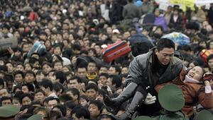 Çin 23 milyon vatandaşına seyahat yasağı getirdi