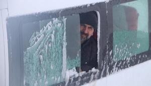 Karlıovada mahsur kalanlar kurtarıldı