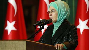 Emine Erdoğan: Koruyucu ailelik için atılacak en küçük adım dalgadalgayayılacak