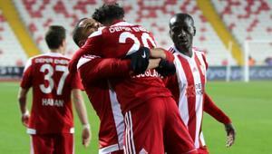 Sivasspor ilk yarıda işi bitirdi
