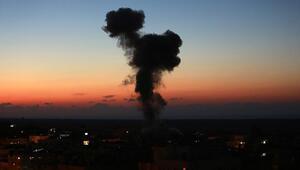 İsrail Gazzeye hava saldırıları düzenledi